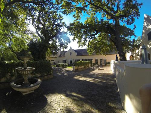 De Leeuwenhof Estate Photo