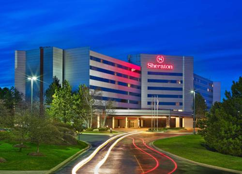 Sheraton Detroit Novi Photo