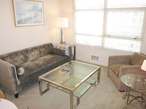 South Beach Main Street Apartment Photo