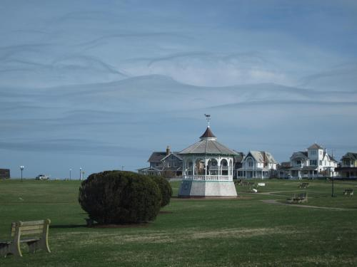 The Oak Bluffs Inn Photo