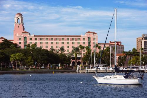 The Vinoy® Renaissance St. Petersburg Resort & Golf Club photo
