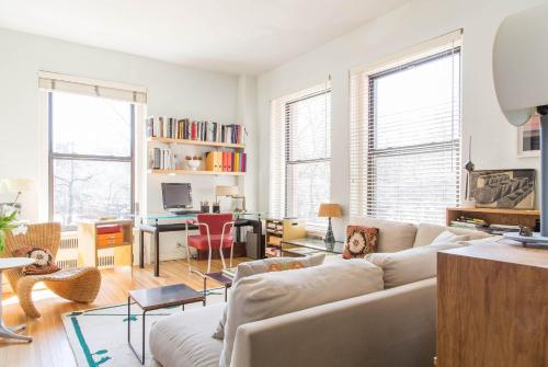 Picture of onefinestay – Roosevelt Park II apartment