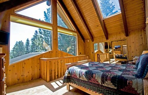 Tahoe Donner Cabin with Alpine Views and Hot Tub Photo