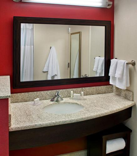 Courtyard by Marriott Washington, D.C./Foggy Bottom Photo