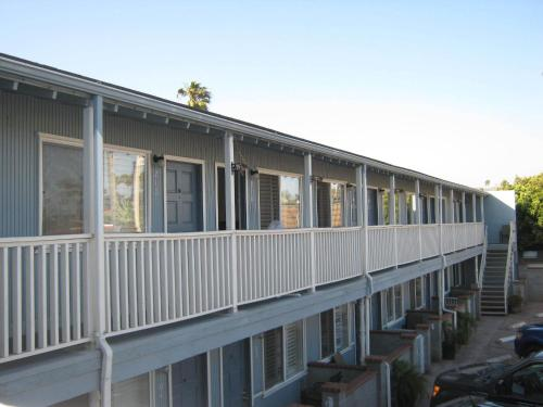 The Shores Inn - Ventura, CA 93001