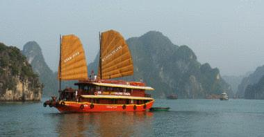 Annam Halong Junk Photo