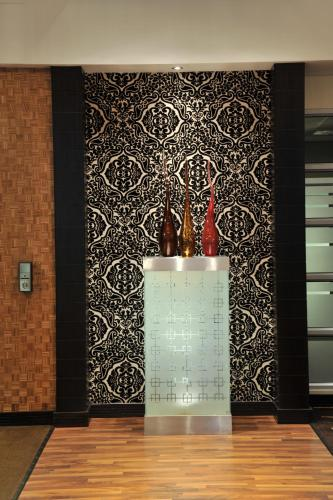 Protea Hotel by Marriott O R Tambo Airport Transit Photo