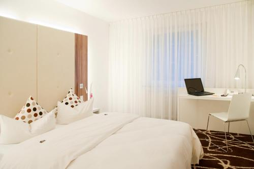 Ibis Styles Frankfurt City photo 21