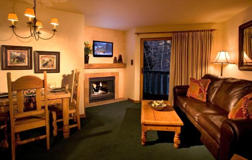 Alpine Village Suites Photo