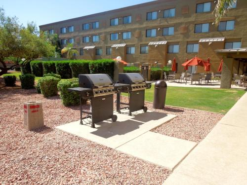 Best Western Plus Tempe by the Mall Photo