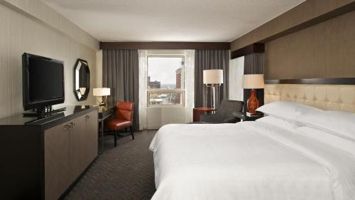Sheraton Indianapolis City Centre Hotel photo 19