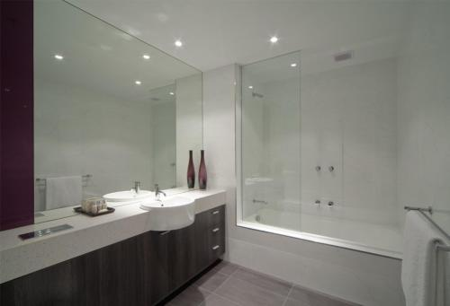 Tyrian Serviced Apartments, Melbourne, Australia, picture 2
