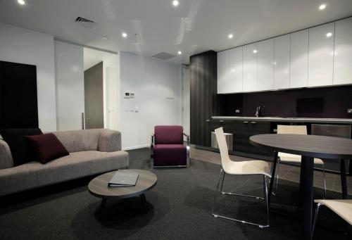 Tyrian Serviced Apartments, Melbourne, Australia, picture 3