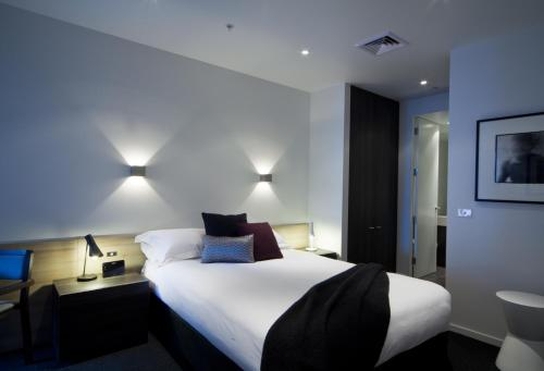 Tyrian Serviced Apartments, Melbourne, Australia, picture 4