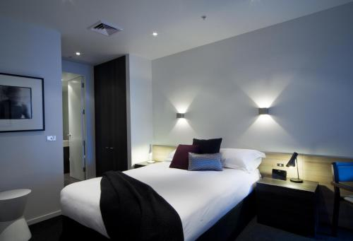 Tyrian Serviced Apartments, Melbourne, Australia, picture 1