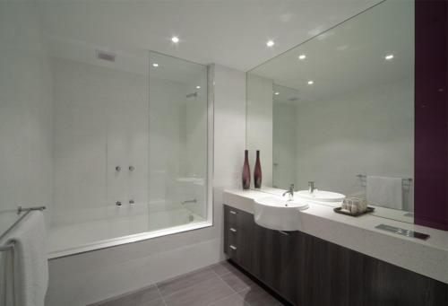 Tyrian Serviced Apartments, Melbourne, Australia, picture 10