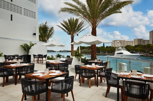 Waterstone Resort & Marina Boca Raton, Curio Collection by Hilton Photo