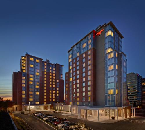 Hampton Inn by Hilton Halifax Downtown Photo