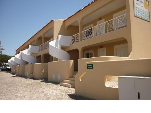 holidays algarve vacations Vilamoura Apartamentos Mar-Sol Villas
