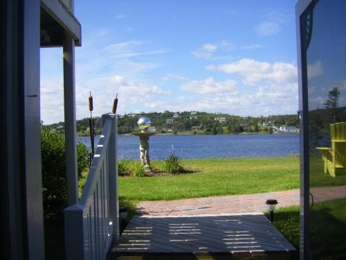 Coastal Waters Accommodations B&B Photo