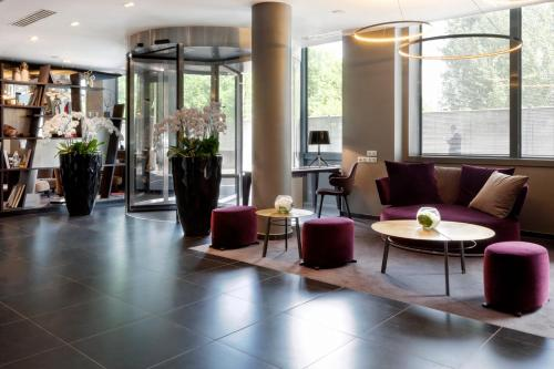 AC Hotel Paris Porte Maillot by Marriott, A Marriott Luxury & Lifestyle Hotel photo 7