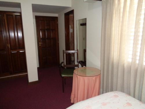 Hotel Caupolican Photo