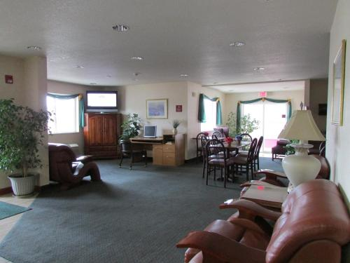 Cumberland Inn and Suites Photo