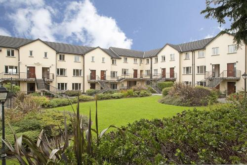 Photo of Menlo Park Apartments Hotel Bed and Breakfast Accommodation in Galway Galway