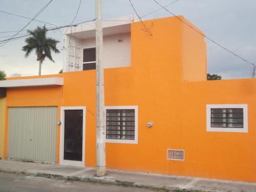 Casa Naranja Photo