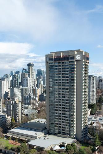 Coast Plaza Hotel and Suites - vancouver -