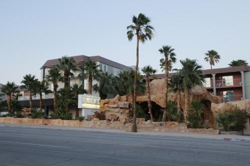 Hyundae Resort and Spa - Desert Hot Springs, CA 92240