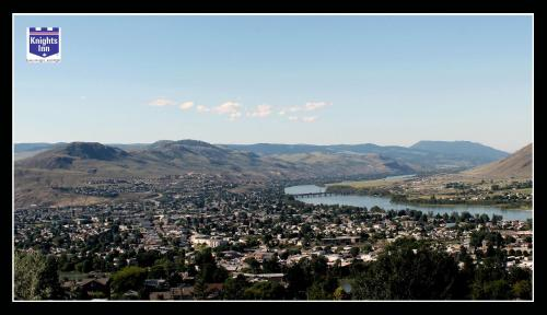 Knights Inn Kamloops Photo