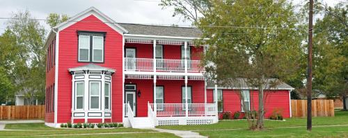 Picture of Red Velvet Inn