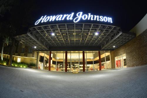 Howard Johnson Plaza Resort Photo