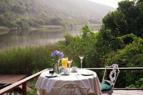 Southside Road, Wilderness, Garden Route, South Africa.