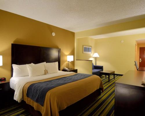 Comfort Inn & Suites Lantana - West Palm Beach South - Lantana, FL 33462