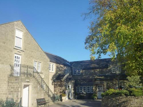 Santo's Higham Farm Hotel
