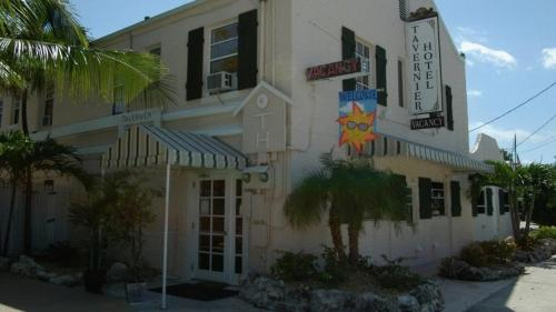 Historic Tavernier Inn Hotel