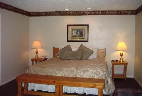 Pine Creek Country Inn Photo