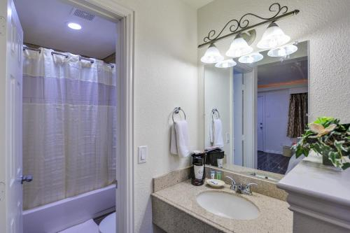 Romantic Inn & Suites - Dallas, TX 75241