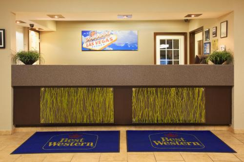 Best Western McCarran Inn Photo
