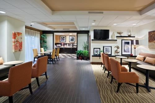 Hampton Inn Clifton Park Photo