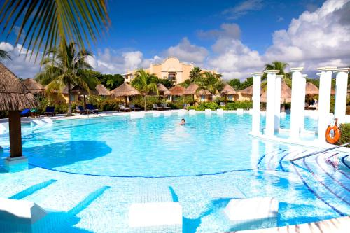 Grand Palladium Riviera Resort & Spa - All Inclusive Photo