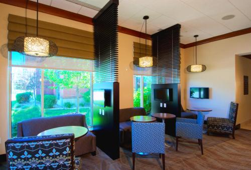 Hilton Garden Inn Rockford Photo
