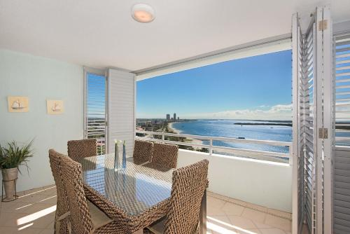 Apartamento Com 2 Quartos Deluxe Com Vista Oceano   The Grand Apartments,  Gold Coast