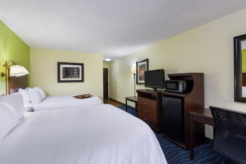 Hampton Inn Atlanta Perimeter Center Photo
