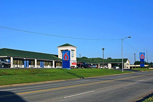 Picture of Motel 6 Sallisaw