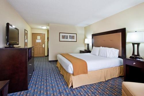 Holiday Inn Express Alpharetta - Roswell Photo
