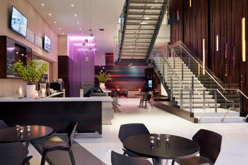 Courtyard by Marriott Los Angeles L.A. LIVE Photo