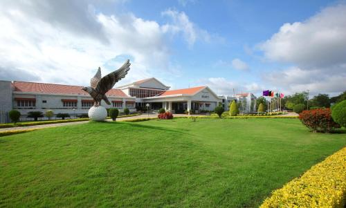 Eagleton - The Golf Resort